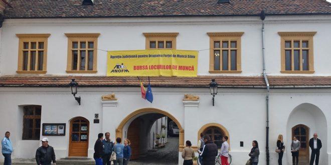 Peste 2.000 de locuri de muncă pentru șomerii din județul Sibi